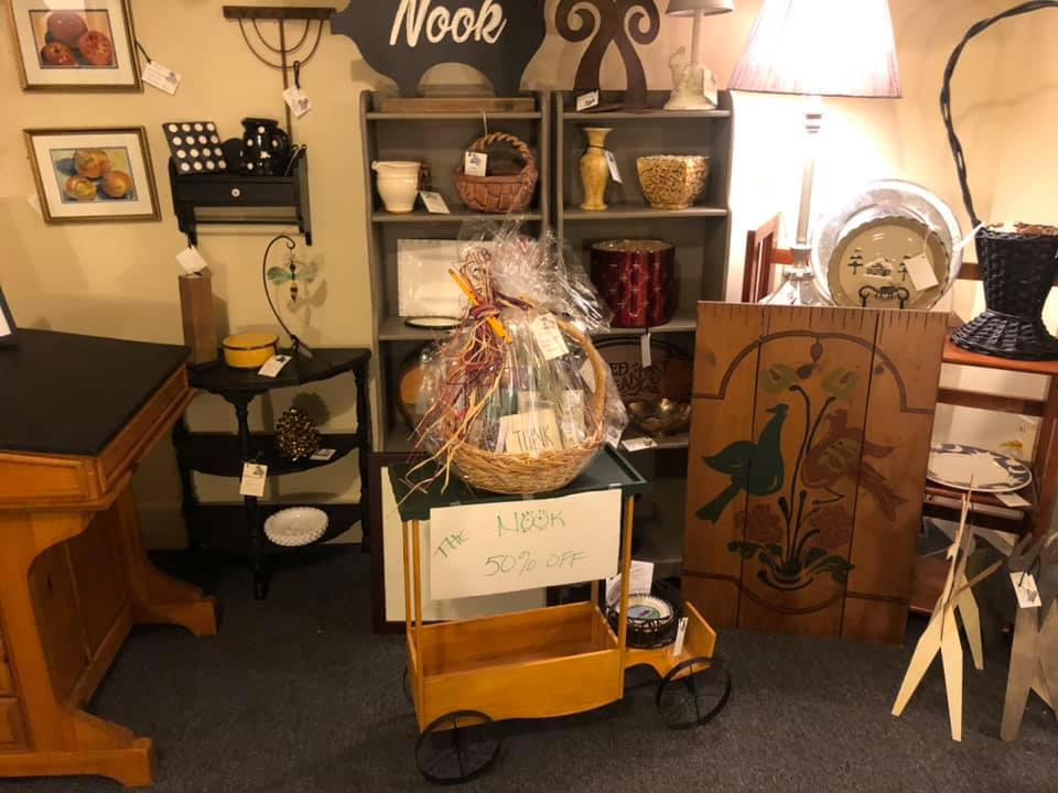 https://www.facebook.com/Antiques-Center-And-All-That-Jazz-414771975610942/
