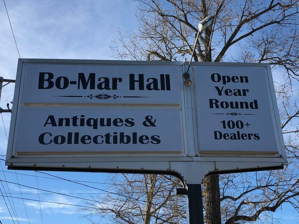 https://www.facebook.com/Bo-Mar-Hall-Antiques-Collectibles-546796515794449